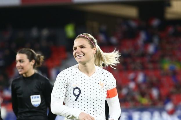 Qualifications Euro (F): la France écrase la Macédoine du Nord avec une Le Sommer record