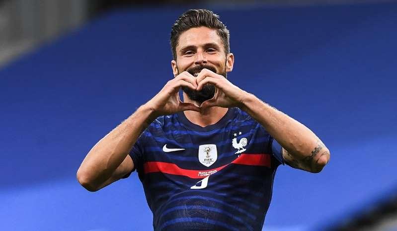 Equipe de France: Et de 100 pour Olivier Giroud