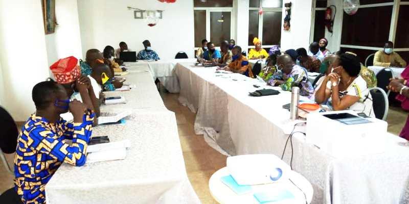 Agriculture / Des acteurs PEA palmier à huile évaluent la campagne 2020 de warrantage de l'huile de palme à Porto-Novo