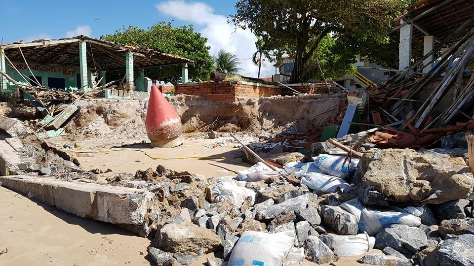 Vera Cruz: Mar invade e destrói orla em Barra Grande