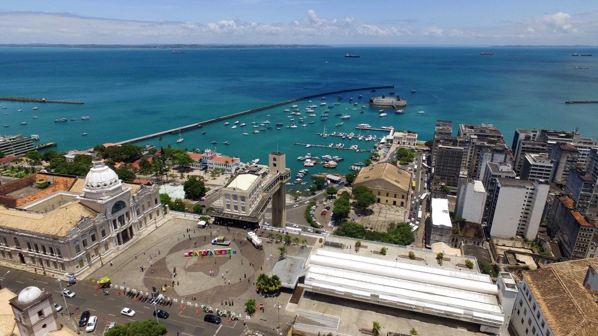 Prefeitura leva samba junino a diversas localidades de Salvador