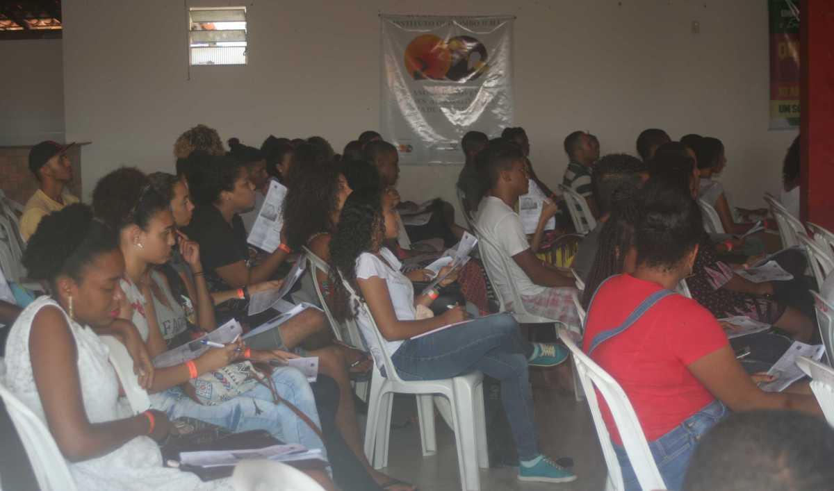 Instituto Quilombo Ilha abre inscrições do Pré-Vestibular 2018
