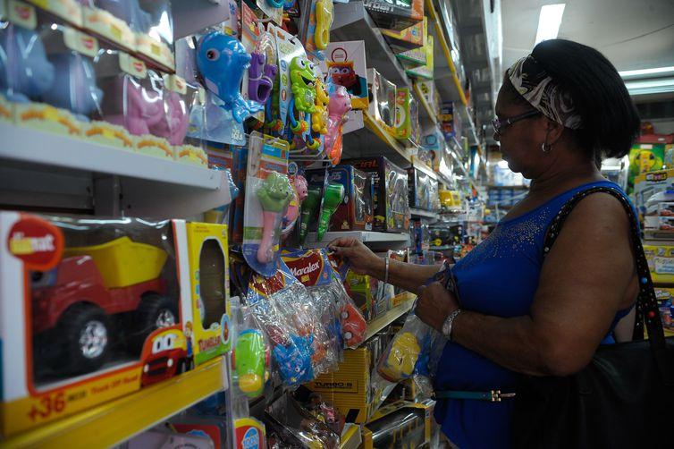 Lojas dos shoppings não vão abrir no domingo(3)