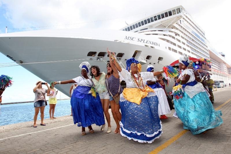 Bahia divulga atrativos no Congresso Brasileiro de Guias de Turismo