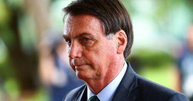 Ação contra fake news é para censurar mídias sociais, diz Bolsonaro
