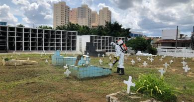 Cemitérios municipais terão medidas especiais durante Finados