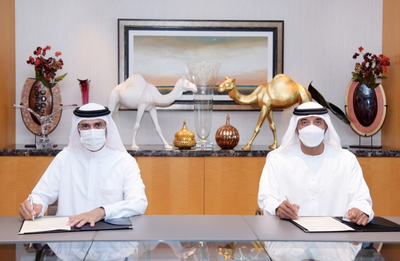Emirates and the Dubai Health Authority (DHA) today signed a Memorandum of Understanding (MoU) which aims to position Dubai as one of the first cities in the world to implement digital verification of traveller medical records related to COVID-19 testing and vaccination.