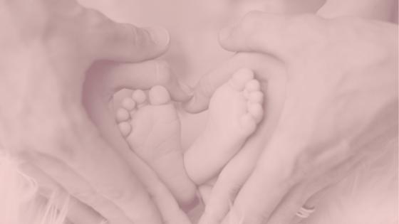 La familia es el núcleo de la sociedad. Tanto sea en la que naciste como la que elegiste, lo más importante es el amor que allí se cultive. Todo se mueve por amor.
