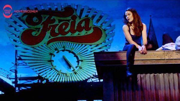 Scenebilde fra teaterets video