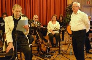 Gudmund Waalen leser jubileumsdikt