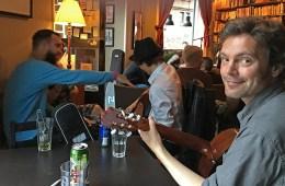 Thomas Drefvelin i kaféen