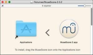 På Mac installerer du programmet ved å trekke det inn i program-mappa, som her. Men du får Musescore også på PC og Linux!