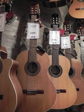 Alhambra gitarr