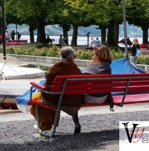 Bonding on Rapperswil Promenade