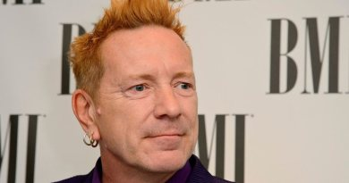 johnny rotten getty images ben a pruchnie widelg Vision Art NEWS