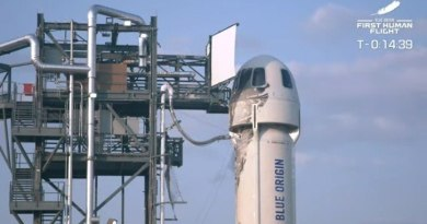 voo espacial de jeff bezos 20072021103837785 Vision Art NEWS
