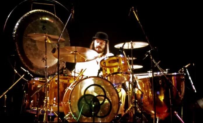 john bonham baterista led zeppelin 1975 Vision Art NEWS