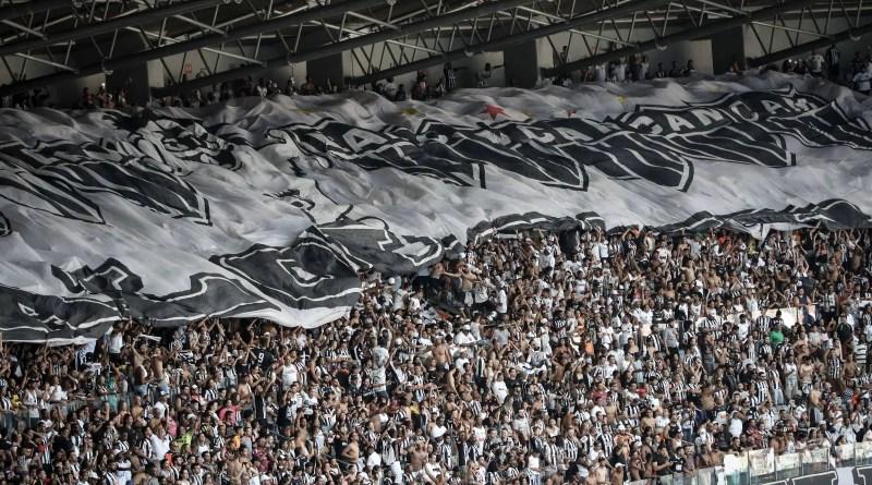 Querem os deuses dos estádios que volte o grito de 'Galoooo' – 27/10/2021 – Juca Kfouri