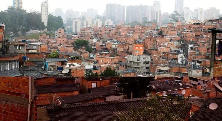 Cabine móvel oferece serviços de saúde gratuitos em Paraisópolis – Notícias