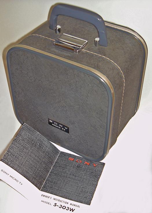 Sony Micro TV 5 303-W Travel Case photographed November 18, 2010