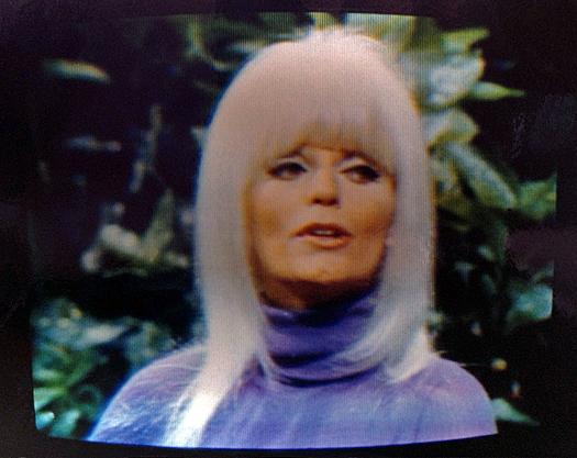 Sony KV 7010UA Screen Shot 1971