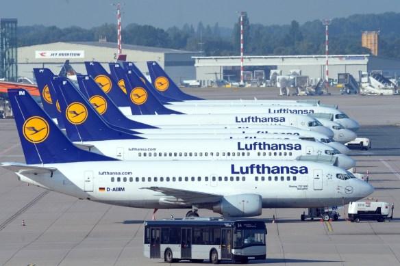 Lufthansa Flugzeue am Boden