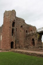 32-goodrich-castle-herefordshire-england