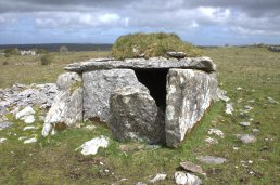 02-parknabinnia-wedge-tomb-clare-ireland