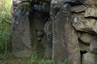 09-drumlohan-ogham-stones-souterrain-waterford-ireland