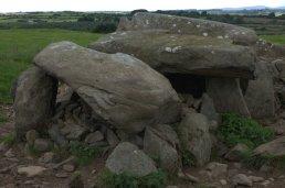 04-matthewstown-passage-tomb-waterford-ireland