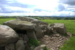 05-matthewstown-passage-tomb-waterford-ireland