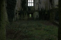 09-glinsk-castle-galway-ireland