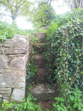 19. Old Kilbride Cemetery