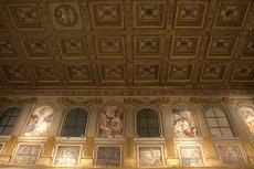 10. Basilica di Santa Maria Maggiore, Rome, Italy