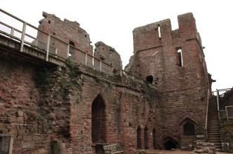 15-goodrich-castle-herefordshire-england