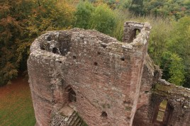30-goodrich-castle-herefordshire-england
