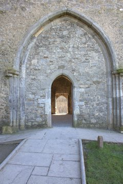 13-rock-of-cashel-tipperary-ireland
