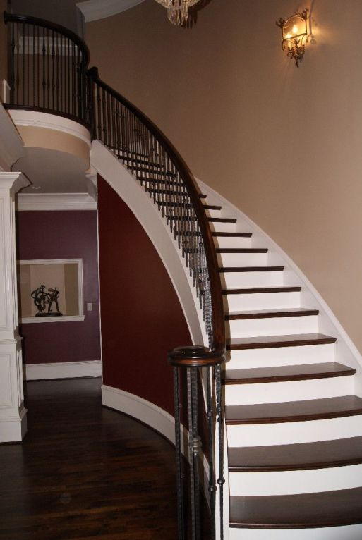 Curved Iron Baluster Staircase