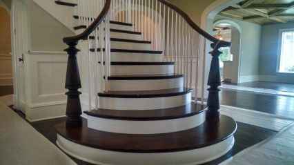 Curved Staircase Flare 27