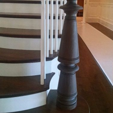 Newel with Flare