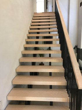 23 - Contemporary and Transitional Full open straight stair
