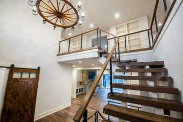 Straight Stairs Modern Cable Baluster and Wood Rail
