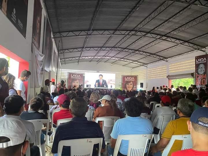 Layda Sansores supera a sus adversarios en el debate del IEEC