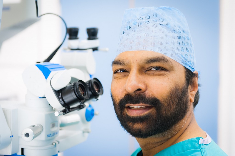 Milind Pande - Expert Eye Surgeon - Vision Surgery Hull