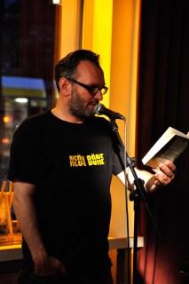 Lesebühne Vision und Wahn Berlin: Gary Flanell