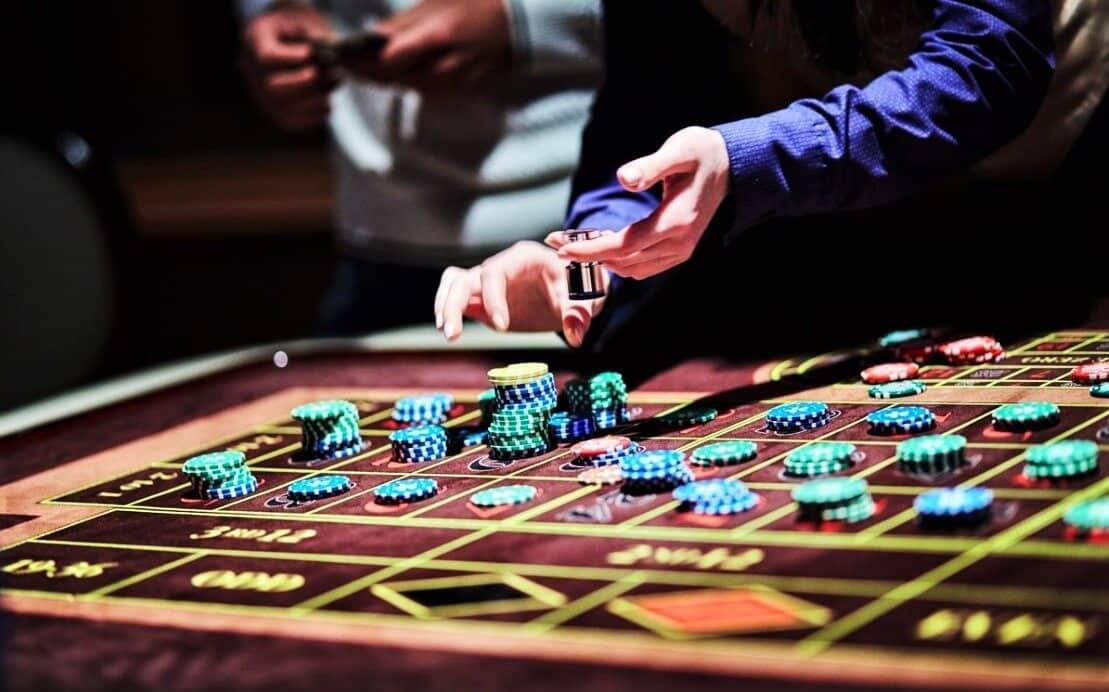 Техас с обменом игра в казино скачать магия денег бесплатно игровые автоматы