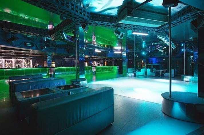 Клуб Титан в Минске