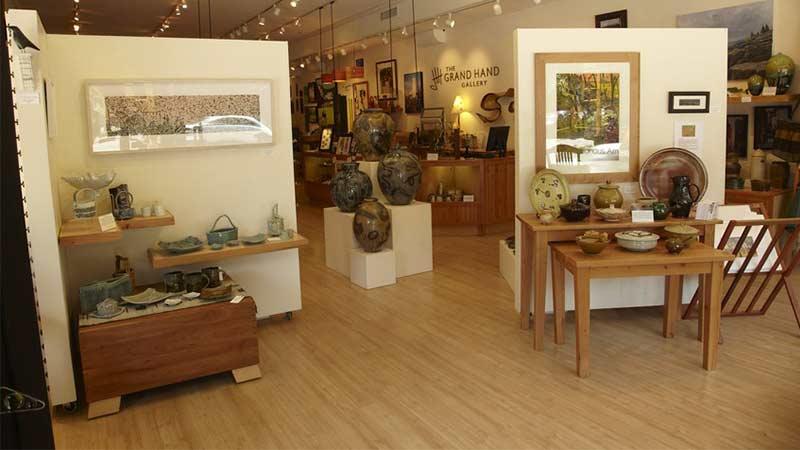Grand Hand Gallery