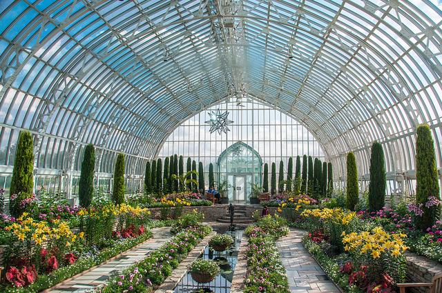 Sunken Garden at Como Park Zoo & Conservatory