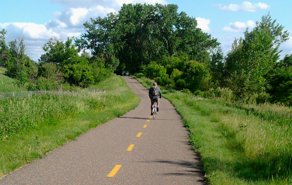 Man biking the Gateway_State_Trail
